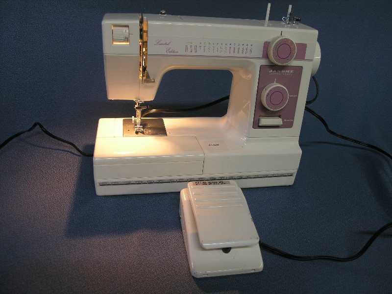 Janome 344 Mechanical Sewing Machine Allsold Ca Buy