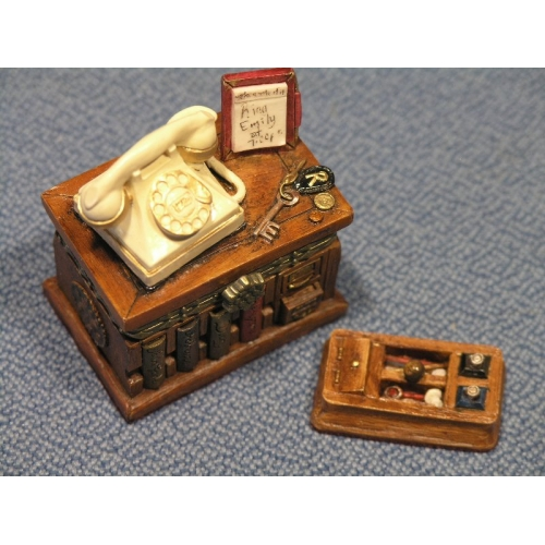 Country Artists Memoirs Narrative Miniature Boxes New