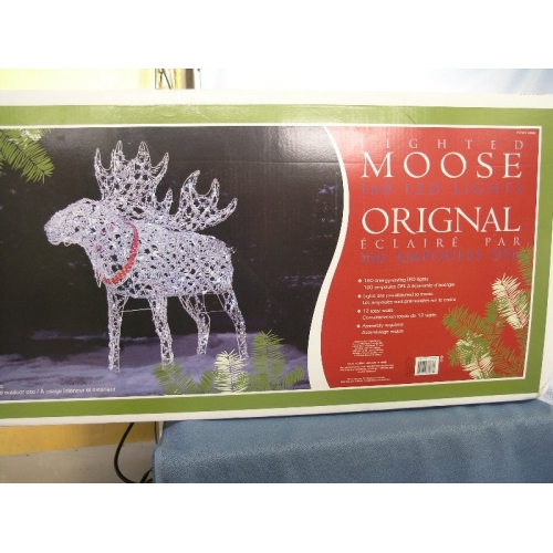 christmas lighted moose 160 led lights