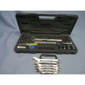Socket  and 6 piece Wrench Set