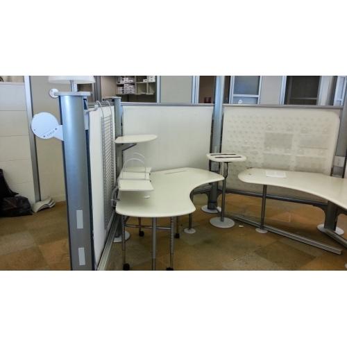 Herman Miller Resolve Systems Furniture Cubicles Work Station