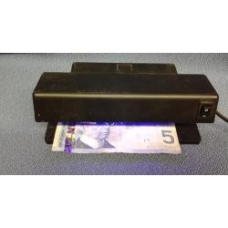Electronic MD-188ETL Counterfeit Cash Money Detector