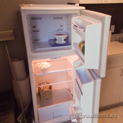 Used Apartment Size Refrigerator - Interior Design