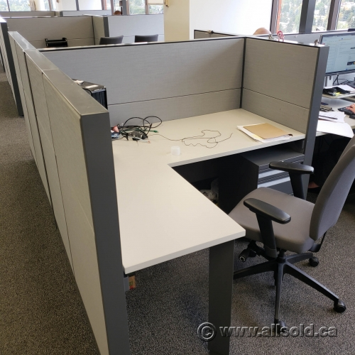 Teknion Grey System Furniture Cubicle Workstation White Surface