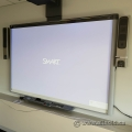 Smart Technologies Projector UF75W and Smartboard SBE885