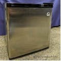 Igloo 1.7 cu ft Stainless Steel Bar Fridge w/ Freezer Shelf
