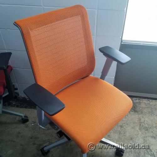 Steelcase Think Orange Mesh Back Adjustable Ergonomic Task Chair Allsold Ca Buy Sell Used Office Furniture Calgary
