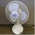 "White 3 Speed 16"" Fusion Electric Desk Fan"