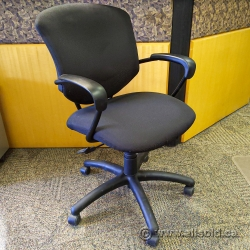 Black Patterned Office Task Chair w/ Fixed Arms