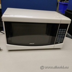 White RCA 0.7 cu. ft. Countertop Microwave 700W