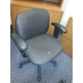 Grey Pattered Mid Back Adjustable Task Chair w Padded Arms