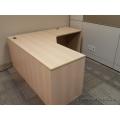 Blonde 65 x 65 Single Pedestal L Suite Desk