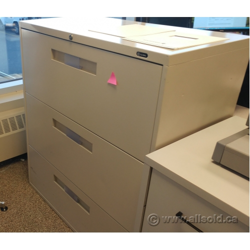 Bon Global Tan 3 Drawer Lateral File Cabinet, Locking