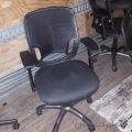 Black Mesh Back Chair w/ Adjustable Arms
