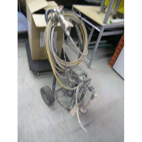Wagner Progold 844 Commercial Paint Sprayer Airless