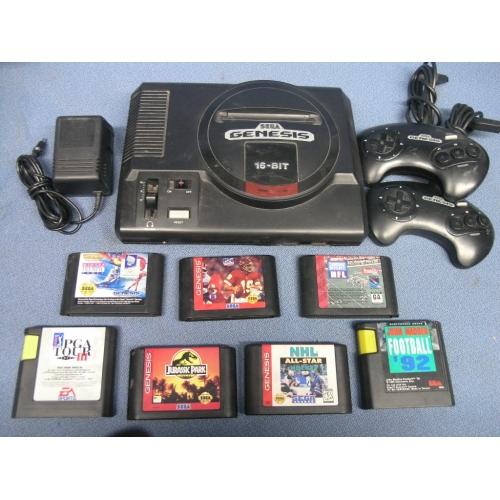 Sega Genesis 16 Bit Console 2 Controllers 7 Games