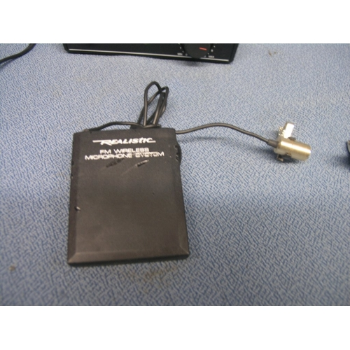 realistic 49 830mhz fm wireless microphone system 32 1221a allsold ca buy sell used office