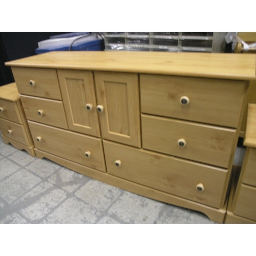 Knotty Pine Bedroom Suite Dresser Stands Headboard Buy Sell Used Office