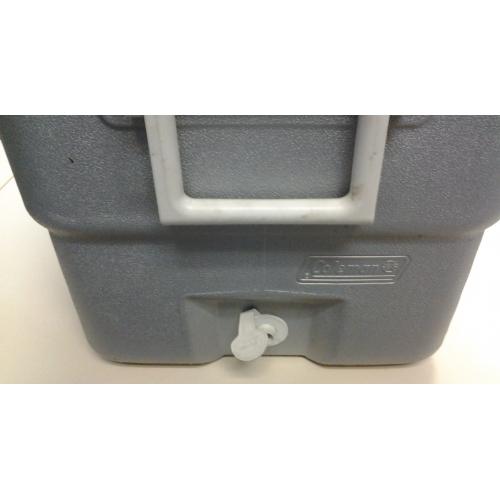 Coleman Xtreme Cooler 34l W Water Tap 25 Quot X 13 Quot X 12