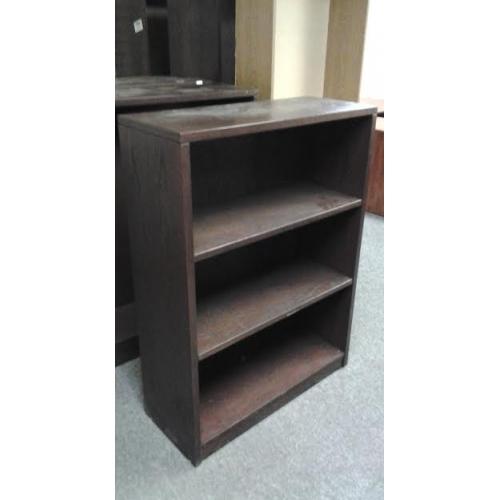 Dark Brown 3 Shelf Bookcase Shelves 36 1 2 X 15 X 47 1 2 Allsold Ca Buy Amp Sell Used Office