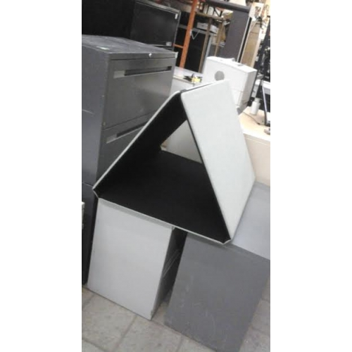 Folding Stackables 3 Panel Table Top Event Display