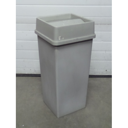 Tenex Grey 23 Gallon Garbage Can W Tenex Tilt Top