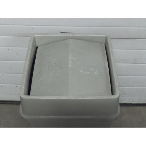 Tenex Grey 23 Gallon Garbage Can W Tenex Tilt Top