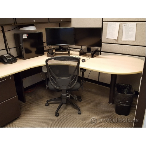 Teknion Systems Furniture Workstation Cubicles Blonde Tan