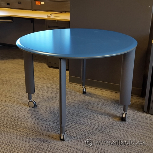 Blue Teknion 42 Quot Round Height Adjustable Rolling Meeting