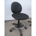 Black Pattern Fabric Rolling Chair w/o Armrest
