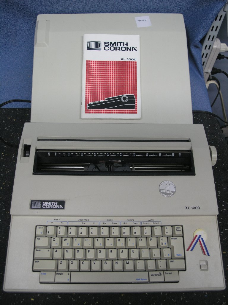 Smith Corona Xl 1000 Electric Typewriter Allsold Ca Buy Sell Used Office Furniture Calgary