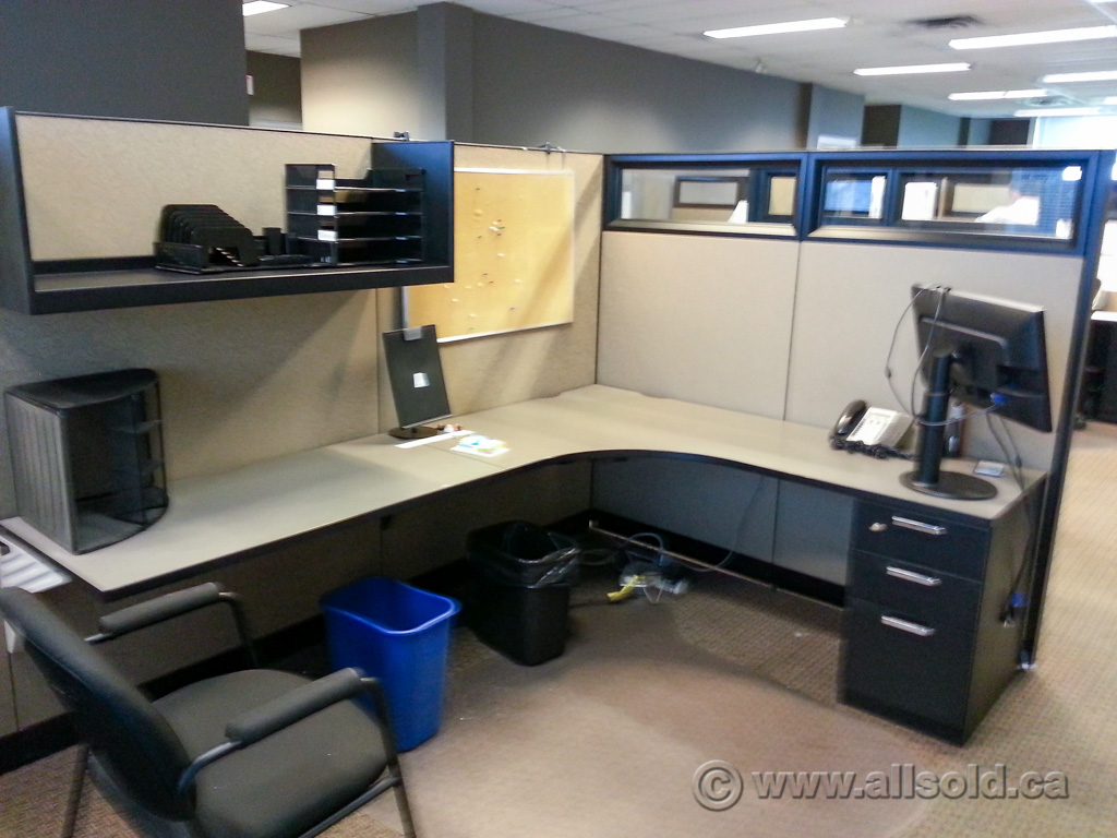 Steelcase Answer Systems Furniture Cubicle Workstation Desk