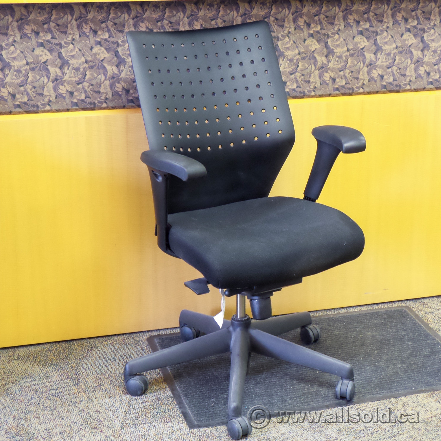 Admirable Keilhauer Tom 9561 Black Ergonomic Office Task Chair Grade Caraccident5 Cool Chair Designs And Ideas Caraccident5Info