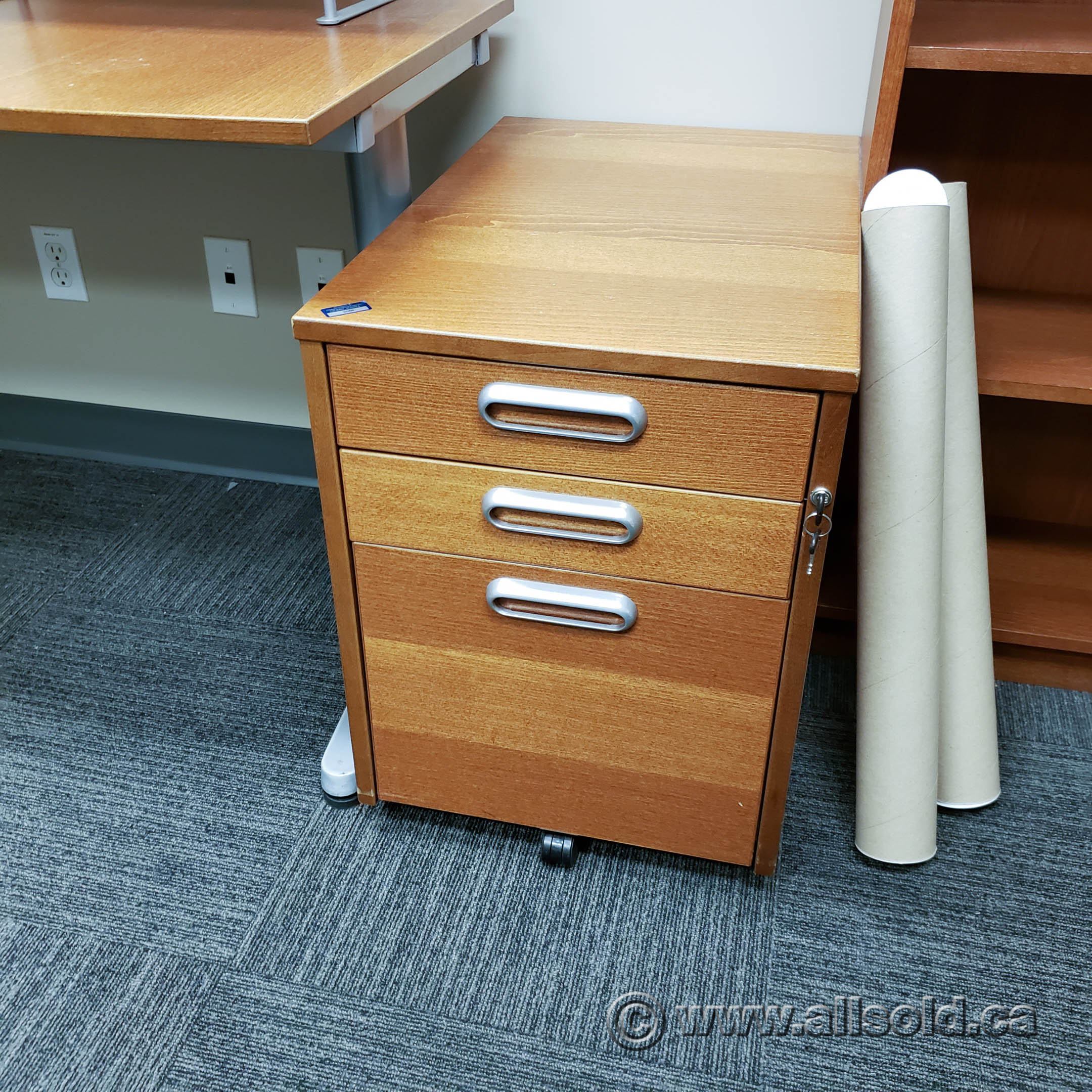 Image of: Ikea Galant Maple 3 Drawer Rolling Pedestal Locking Allsold Ca Buy Sell Used Office Furniture Calgary
