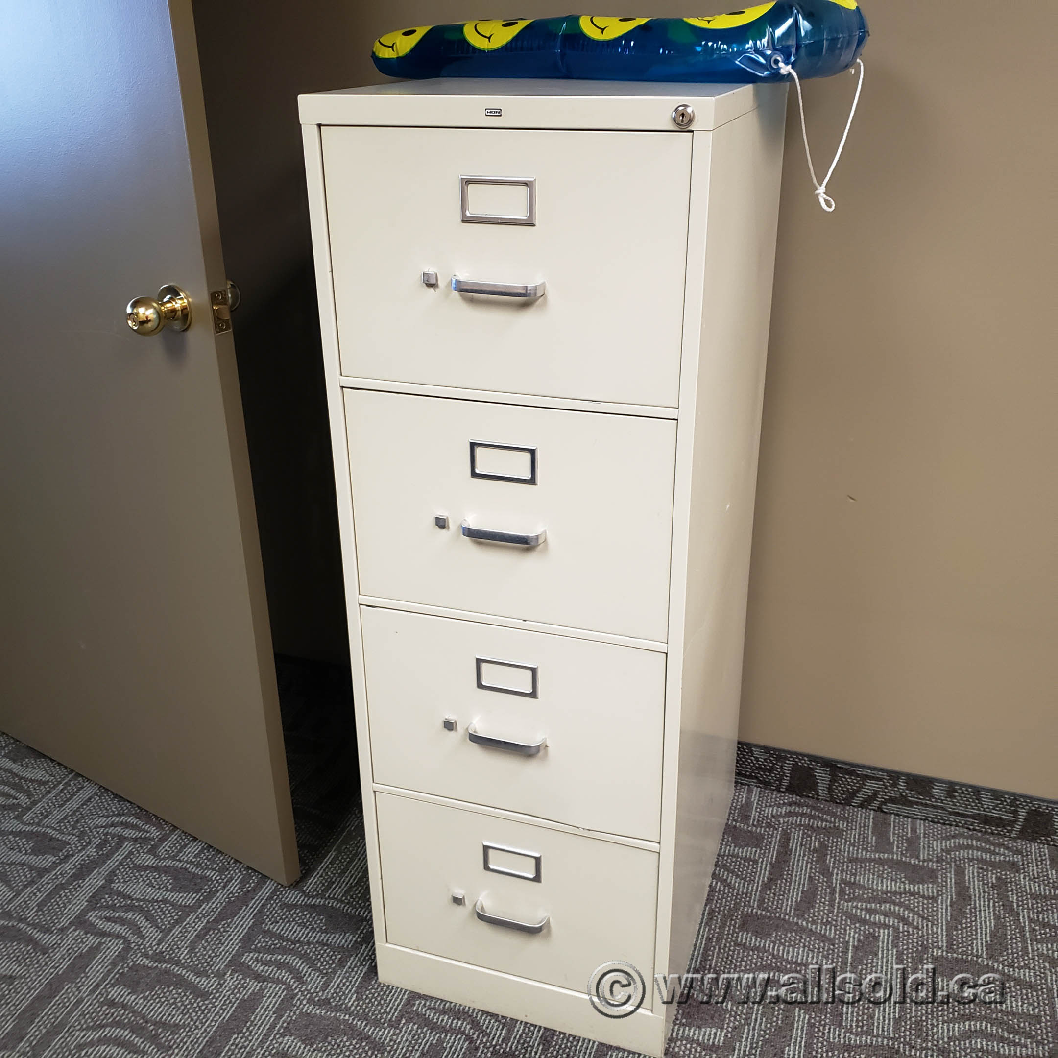 Image of: Hon Beige 4 Drawer Vertical File Cabinet Allsold Ca Buy Sell Used Office Furniture Calgary