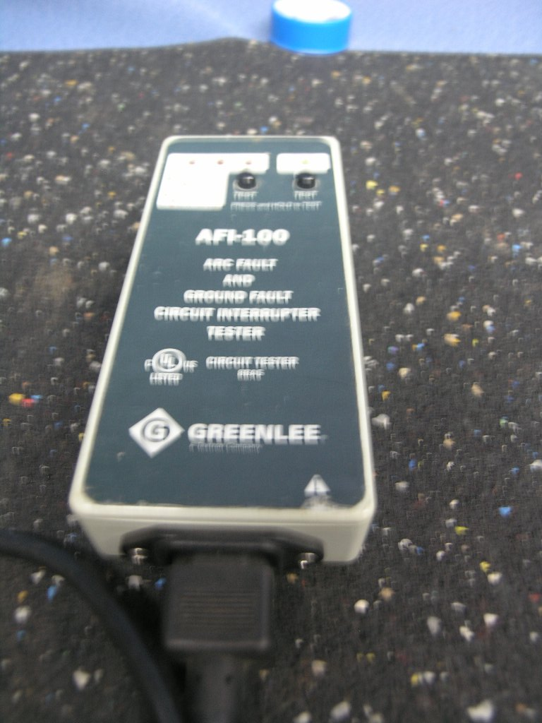 Greenlee Afi 100 Arc Fault Ground Fault Circuit