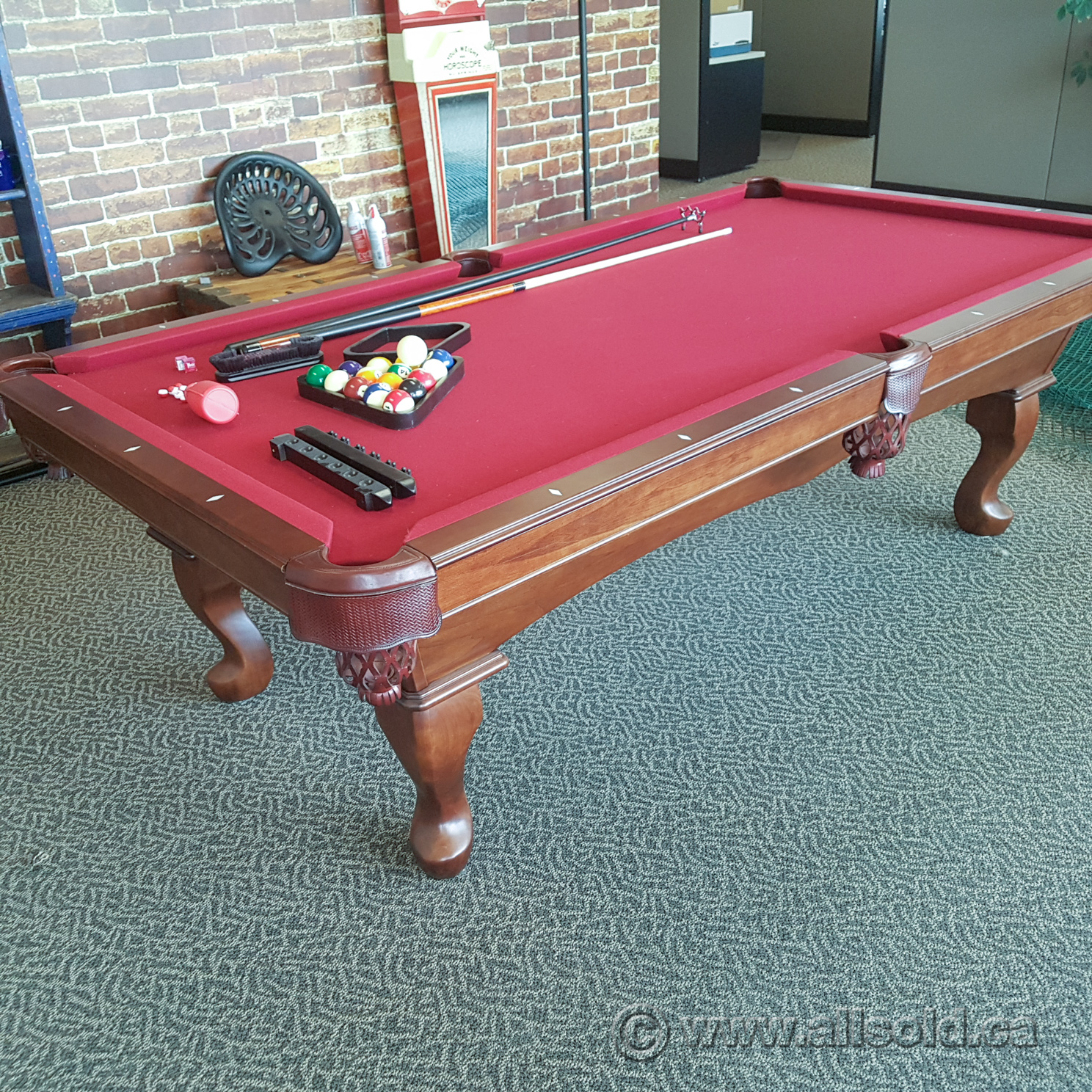 Olhausen 4x8 Billiards Pool Table W/ Balls, Cues And