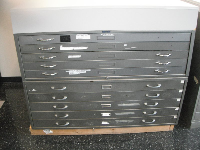 Map Cabinet 10 Drawer With Retainers And Work Surface